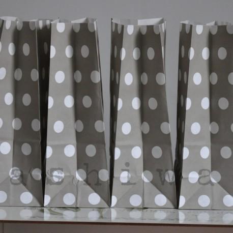 papierovy sáčok sivá bodka